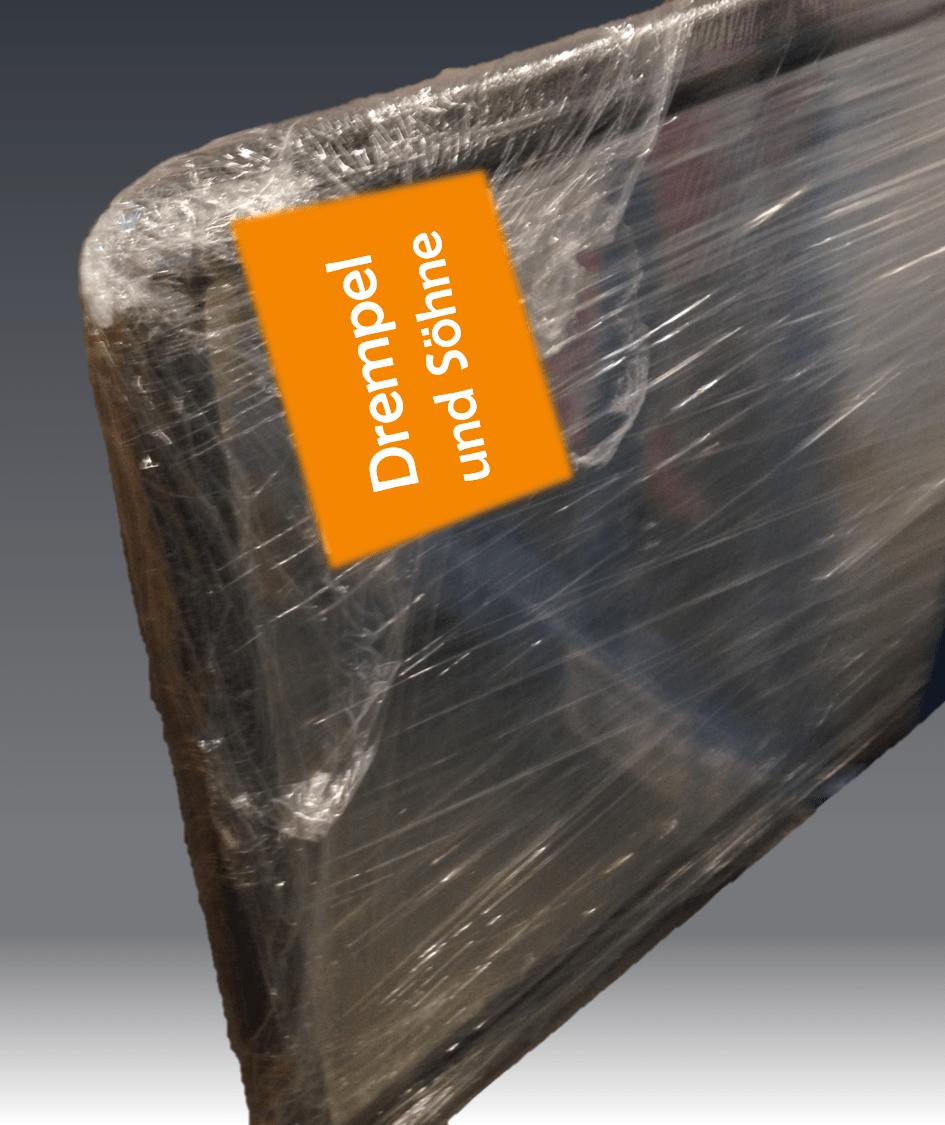Glasscheibe als Ersatzteil sicher verpackt für die Ersatzteillogistik